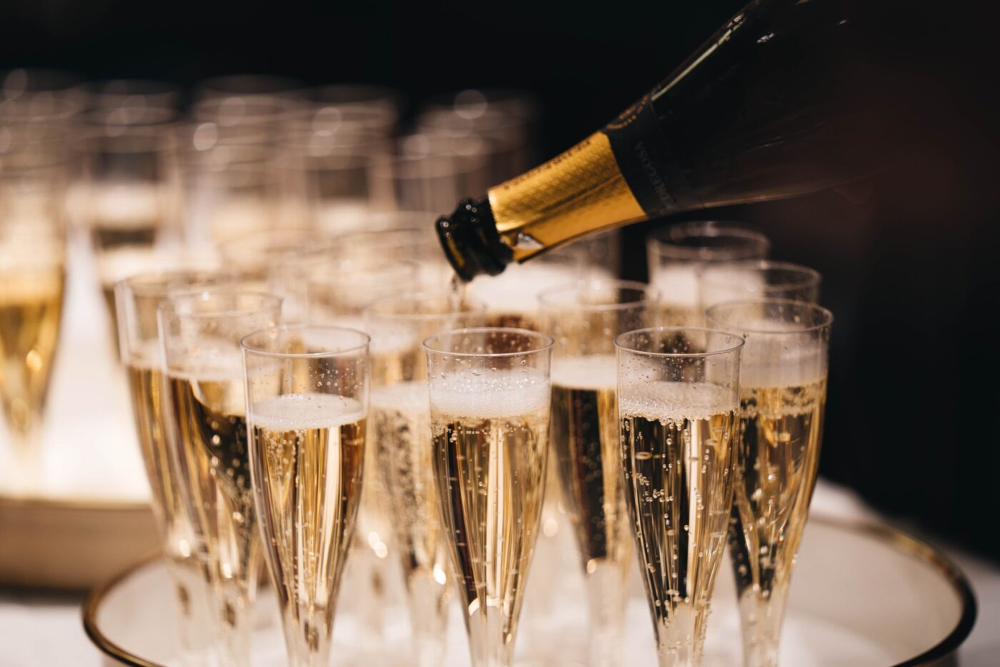 What's the difference between champagne, cava and prosecco?