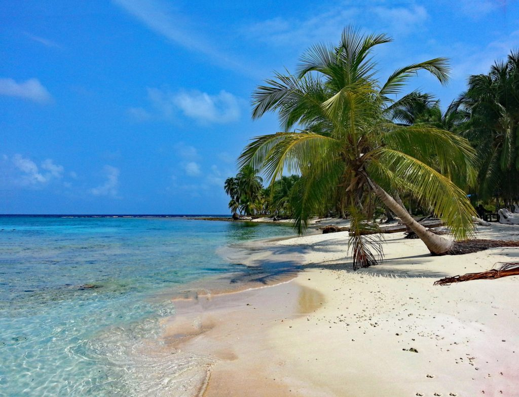 San Blas islands kuna people drink cocoa