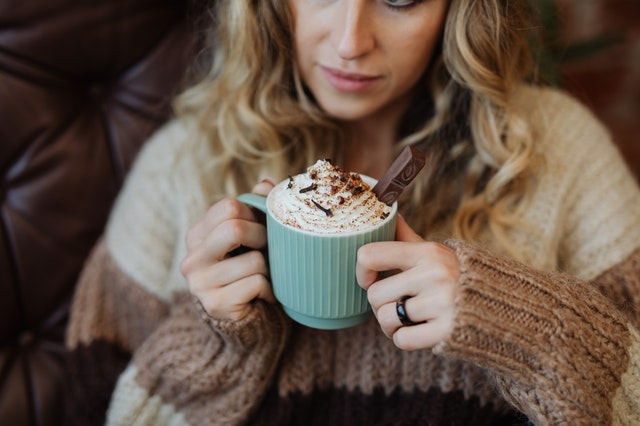 How to use chocolate flakes to make luxury hot chocolate